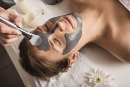 revitalizacao-facial-rejuvenescimento-nutricao-e-hidratacao-profunda-da-pele