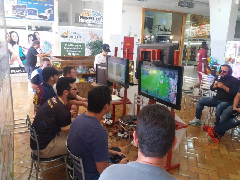 campeonato-de-futebol-digital-movimenta-gamers-no-shopping-jardins